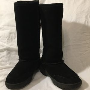 NEVER WORN! BEARPAW SHEARLING/SUEDE TALL BOOT!GRT$